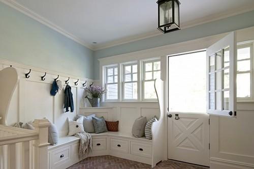 estanteras baldas perchas armarios cajonesu puedes adaptar varios muebles auxiliares a tu espacio o pedir un trabajo a medida dependiendo de tu