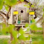Una casita para niños en el jardin