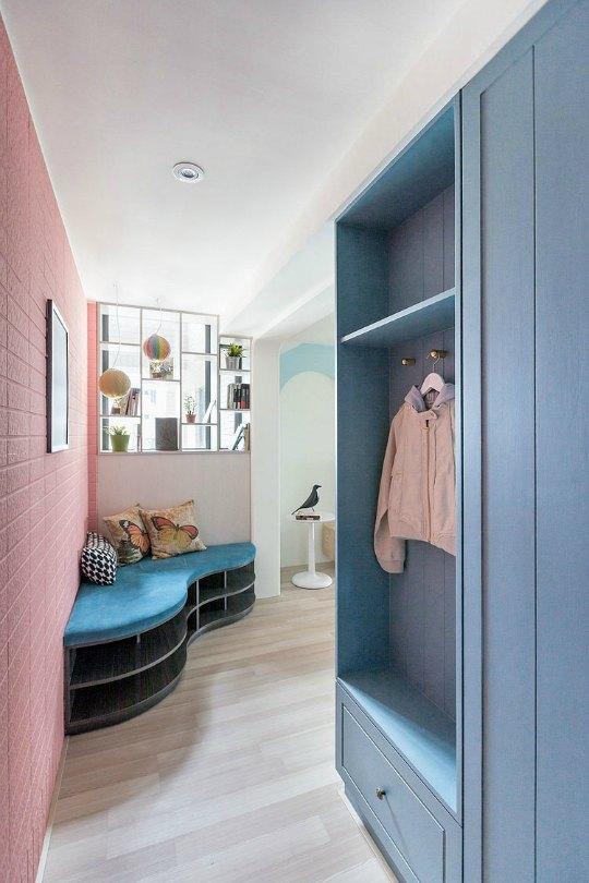 Apartamento ecléctico con toques de color