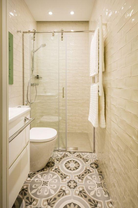 Baldosas Baño Pequeno:Baños con azulejos hidráulicos, inspiración Decoraliaes