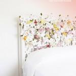 Cabecero creativo decorado con flores de papel