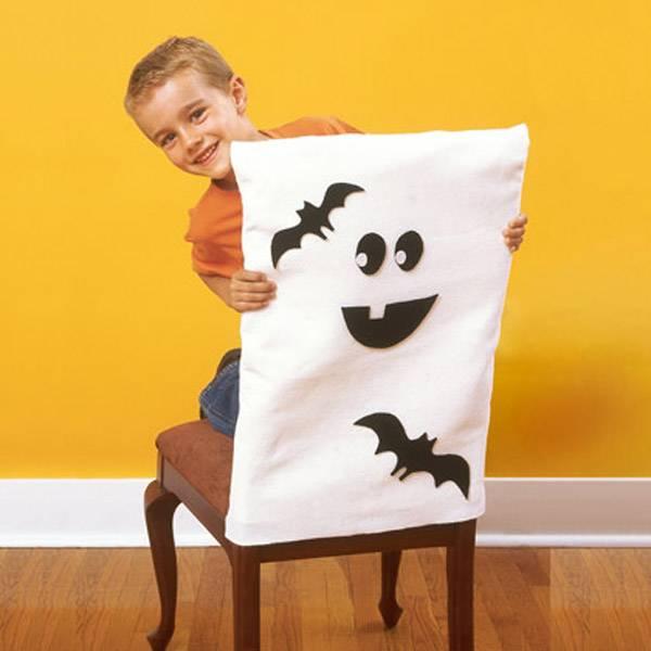 Decoración Halloween: fundas para sillas