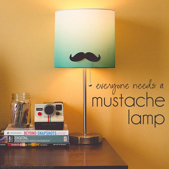 Tendencia mostachos: personaliza tu lámpara