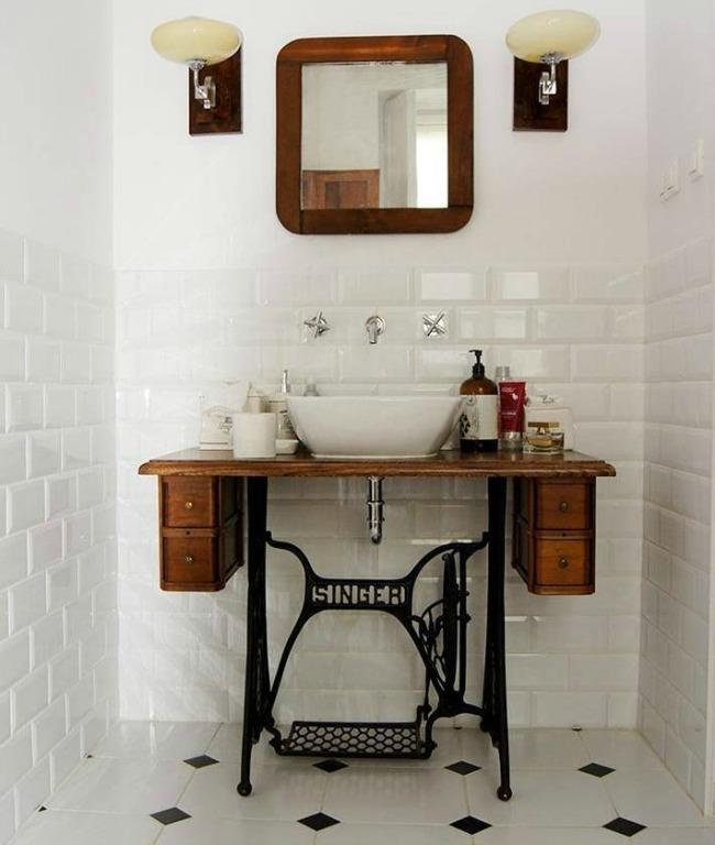 decorar lavabo con pie : decorar lavabo con pie: en un pequeño baño o aseo de cortesía como soporte para tu lavabo