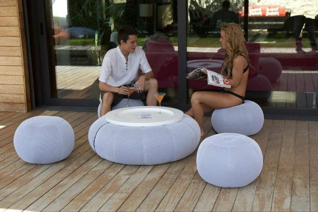 muebles de exterior fabricados con materiales altamente resistentes a los efectos del sol y el agua como los muebles de teca rattn aluminio o pvc