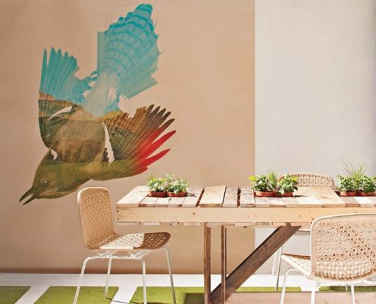 Mesa de comedor fabricada con palets reciclados