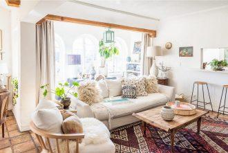 Estilos decorativos que combinan con muebles de madera natural