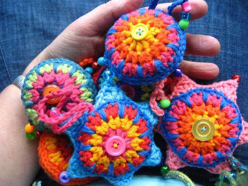Decorar El Rbol De Navidad Con Adornos De Crochet
