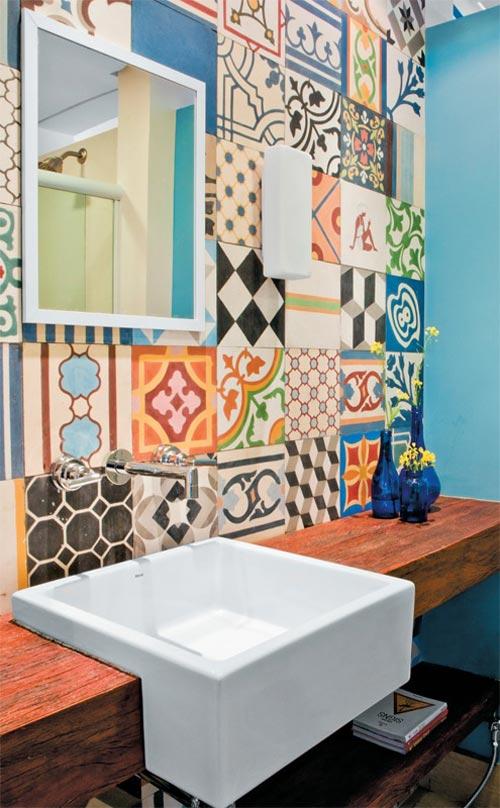Azulejos hidr ulicos en el ba o decoraci n hogar for Azulejos artesanales