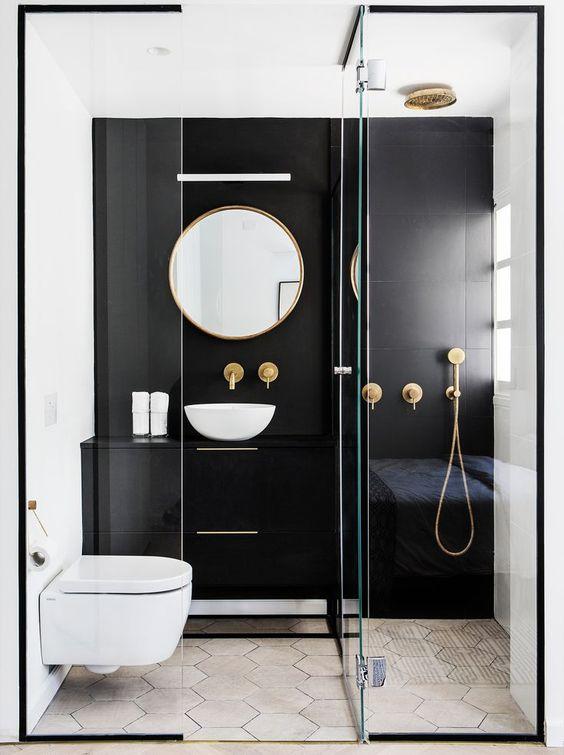 Baños en blanco y negro de estilo moderno