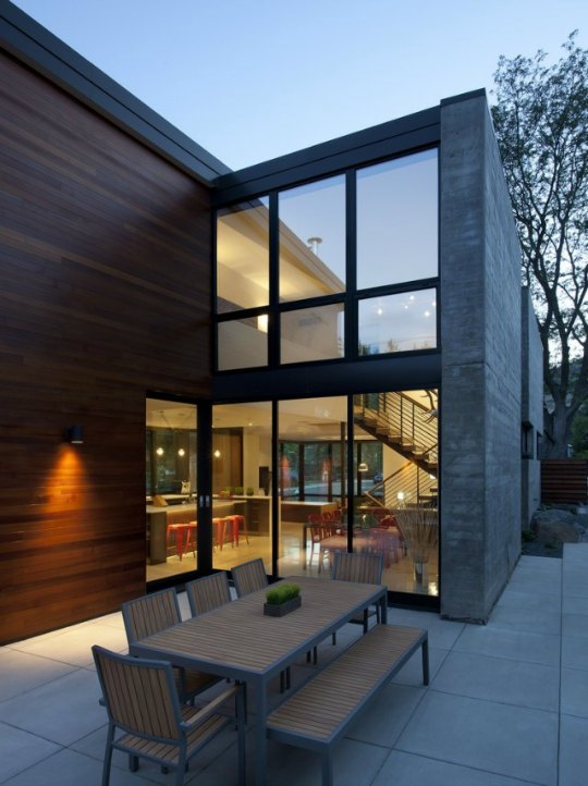 Dihedral House, diseño en hormigón y madera