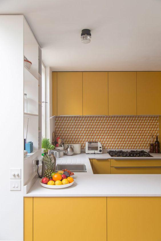 Cocina amarillo mostaza
