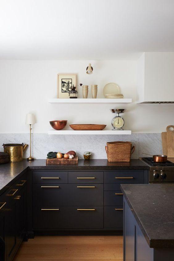 Cocinas blancas y negras