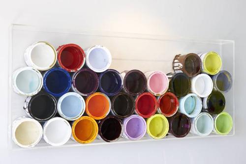Decorar con botes de pintura