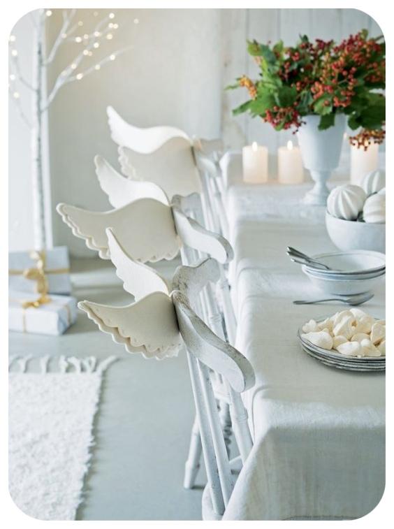 Decoración sillas con alas de ángel