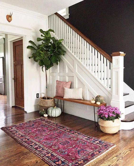 Que poner bajo las escaleras for Decoracion debajo escaleras