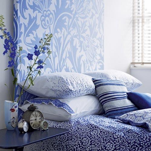 Dormitorios decorados en azul for Ideas decorativas para habitaciones