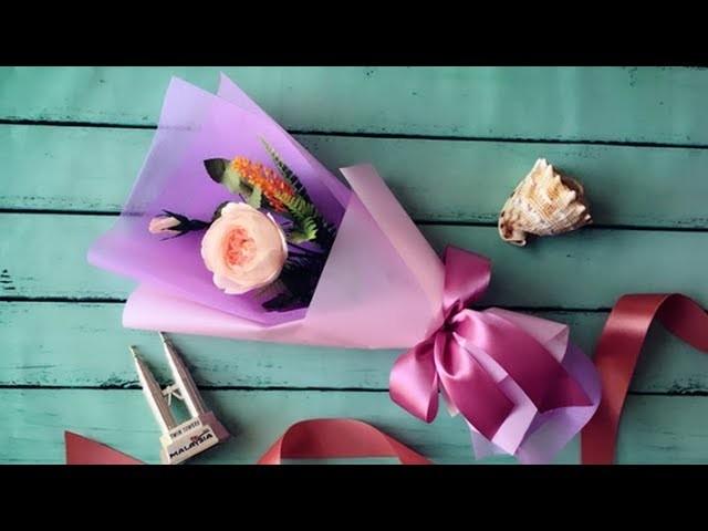 cómo envolver una rosa