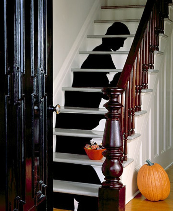 Escaleras decoradas de Halloween