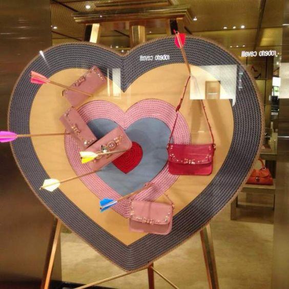 Más escaparates originales de San Valentín