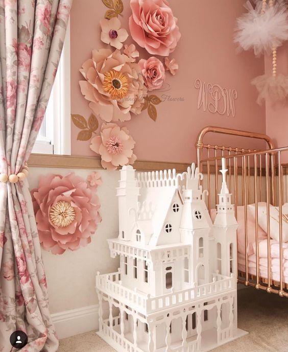 Habitaciones decoradas con flores de papel