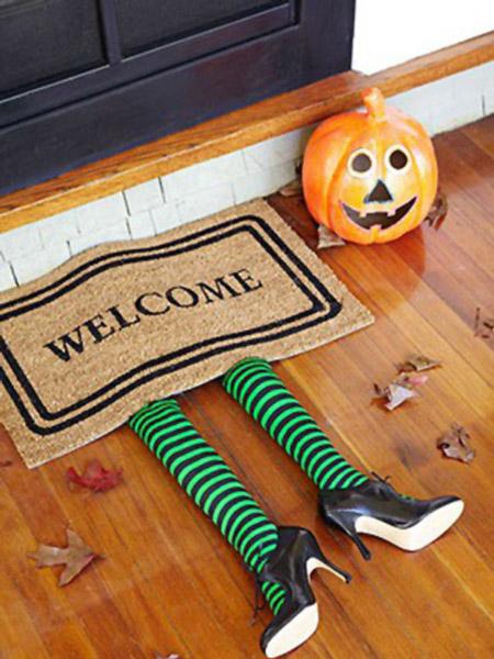 Idea para decorar la entrada ¡En Halloween!