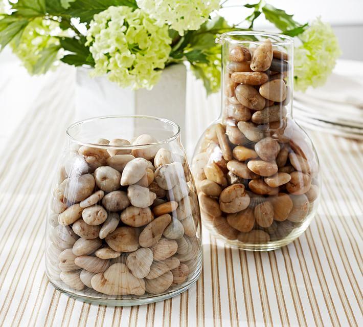 Decorar jarrones con piedras