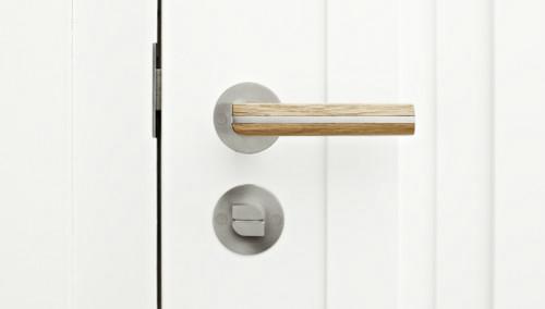 Manillas tiradores y pomos para puertas en dismon - Manillas para puertas de madera ...
