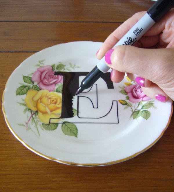 Platos decorados con letras