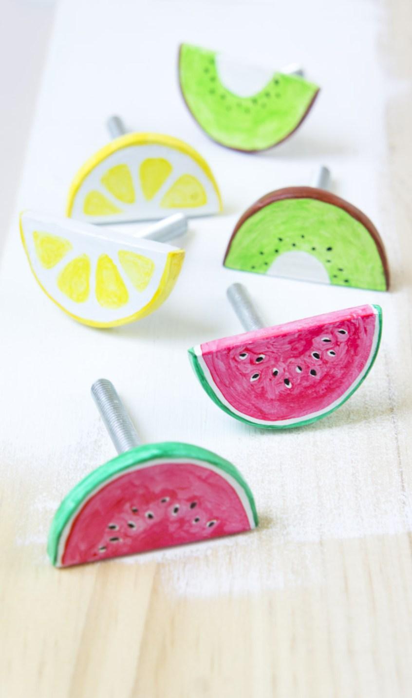 Cómo hacer pomos con diseño de frutas