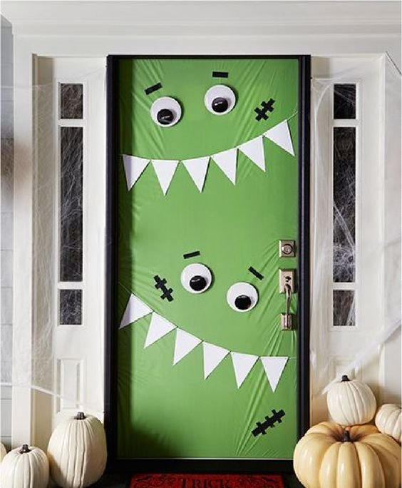 Ideas para decorar tu puerta en Halloween
