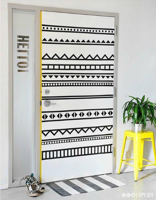 Hazlo t mismo renovar la puerta for Ideas para decorar puertas de madera