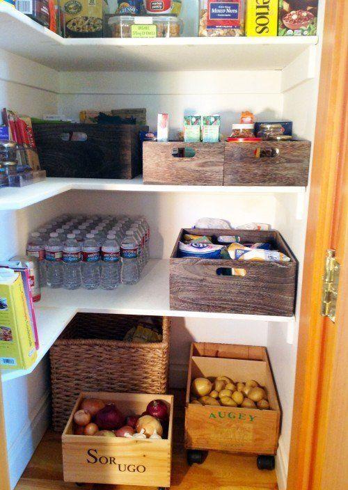 Organizar con cajas de vino recicladas