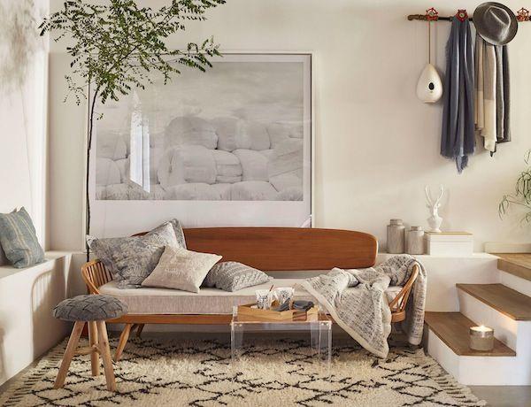 10 Salones acogedores: Viste tu suelo con una alfombra