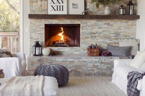 Diez salones con pared de piedra