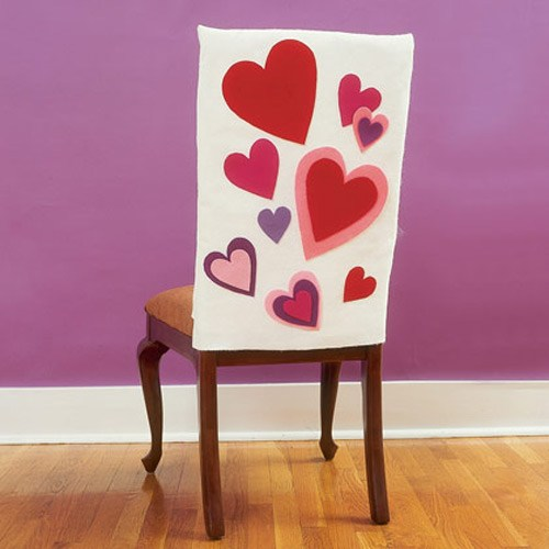 Sillas decoradas para San Valentin