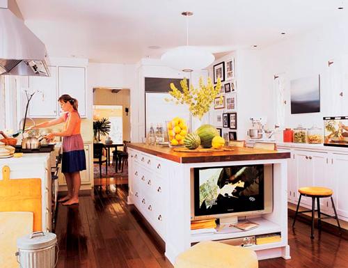 Televisión barra cocina
